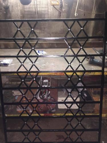 Burglar-Window1-2